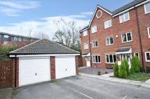 Town House for sale in Deans Court, Pontefract