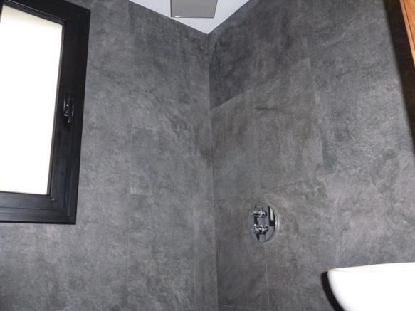 Shower room2