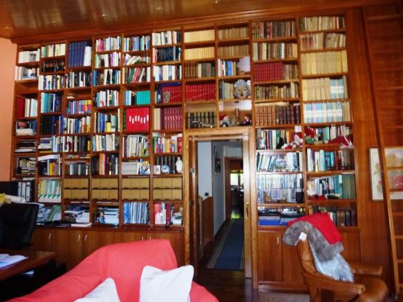 Library upstairs2