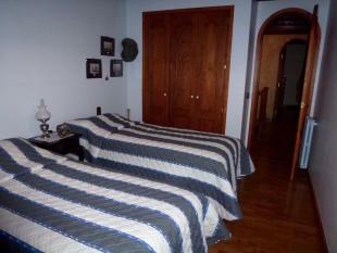 Second bedroom2