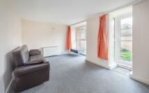 3 bedroom Flat in Crayford Road, London, N7