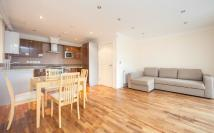 1 bed Flat to rent in Rushmead, Richmond...