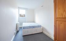 Terraced home to rent in Crayford Road, London, N7