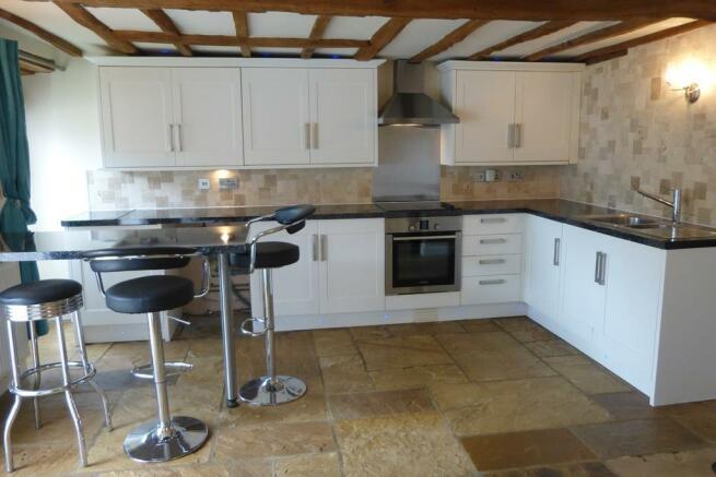 BLB - Kitchen3.JPG