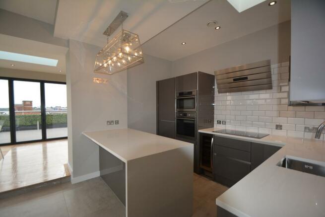 CV Penthouse 023.jpg