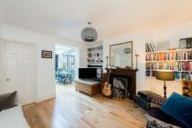 1 bedroom Flat for sale in Gloucester Avenue