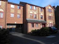 Chesterfield Street Ground Flat to rent