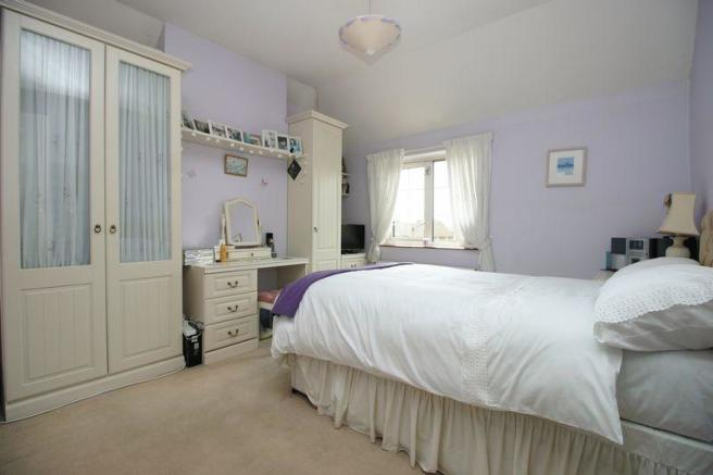 1 Woodview Bed...