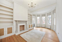 2 bedroom Apartment to rent in Fitzgeorge Avenue, W14