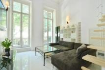 Apartment in Westbourne Terrace...
