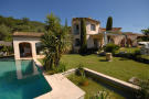 4 bedroom house in GRASSE, Grasse area...
