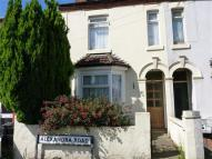 2 bed End of Terrace house to rent in Alexandra Road...