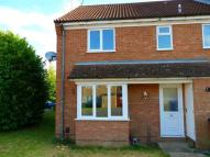 2 bed semi detached house to rent in Brambleside Close...