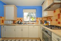 2 bedroom Apartment in Yarnells Road, Botley