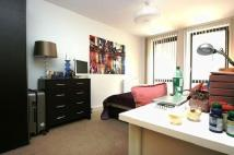 Bow London Ground Flat to rent