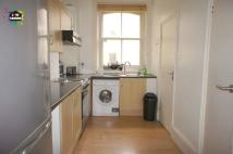 Apartment to rent in Goodge Street, London...
