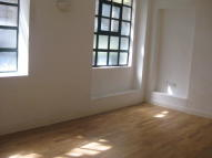 2 bedroom Flat in FRENCH PLACE, London, E1