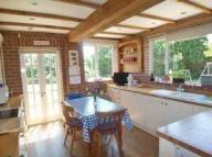 5 bed Detached house in Steeles Lane, Meopham...