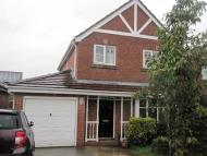 4 bed house to rent in Pymont Drive, Leeds...