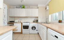 Windlesham Grove Flat to rent