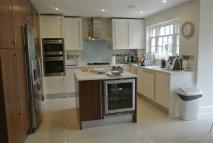 5 bedroom Detached house to rent in Southwood Avenue...