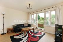 2 bed Flat in Worple Road, Wimbledon