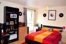 Hanford Close Flat to rent