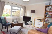 Flat to rent in Montague Road, Wimbledon