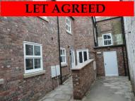 3 bedroom Town House to rent in 2 Linton Yard...