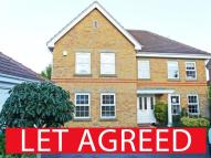 5 bedroom Detached property in Lord Drive, Pocklington