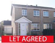 semi detached property to rent in 5 Pasture Close...