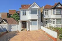 5 bedroom Detached house for sale in Holly Park, London, N3