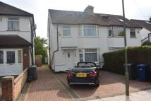 semi detached house to rent in MEADOW GARDENS, Edgware...