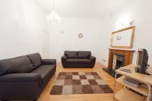Flat to rent in Cromwell Road, London...