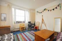 Flat to rent in Peckwater Street, London...