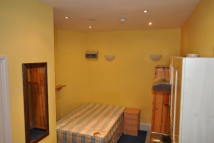 1 bedroom Studio apartment in Stile Hall Gardens...