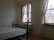 3 bedroom Flat to rent in Havering Street, London...