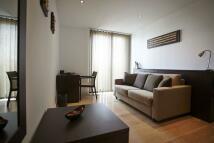 1 bed Terraced home in Kilburn High Road, London