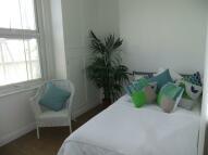 Flat to rent in SOUTHAMPTON ROAD, London...