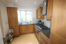 2 bedroom Flat to rent in Rosebank Close North...
