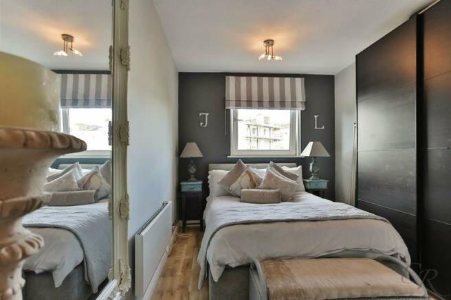 2 bedroom apartment for sale in lansdown cheltenham gl50 - 2 master bedroom houses for sale ...