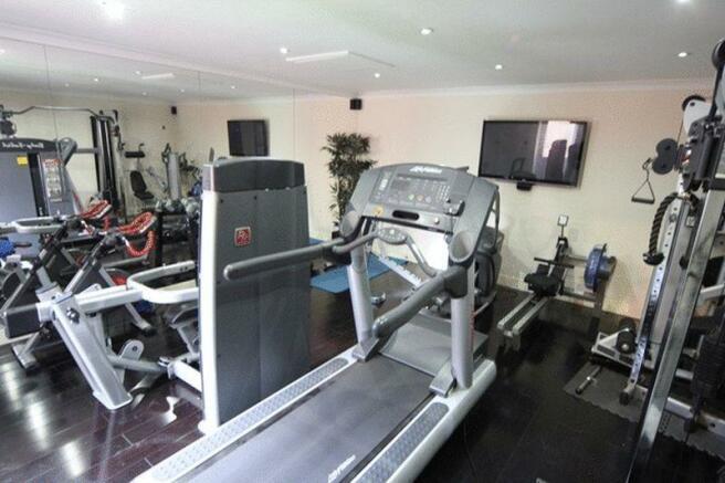 Gym / Converte...