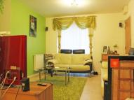 2 bedroom Ground Flat to rent in Clark Grove, ILFORD...