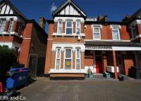 2 bedroom Flat in Audley Gardens, ILFORD...