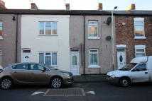 Terraced property to rent in Dickenson Street...