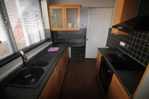 End of Terrace property to rent in Beaumont Street...