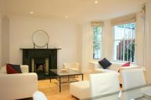 2 bedroom Flat to rent in Elsham Road, Kensington...