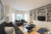6 bedroom semi detached home in Scarsdale Villas...