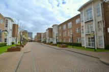 3 bedroom Flat to rent in King Henrys Reach...