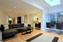 4 bedroom End of Terrace house in Burdett Mews...